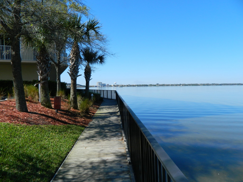 Island Pointe condos - Luxury Waterfront Condos in Merritt Island, FL
